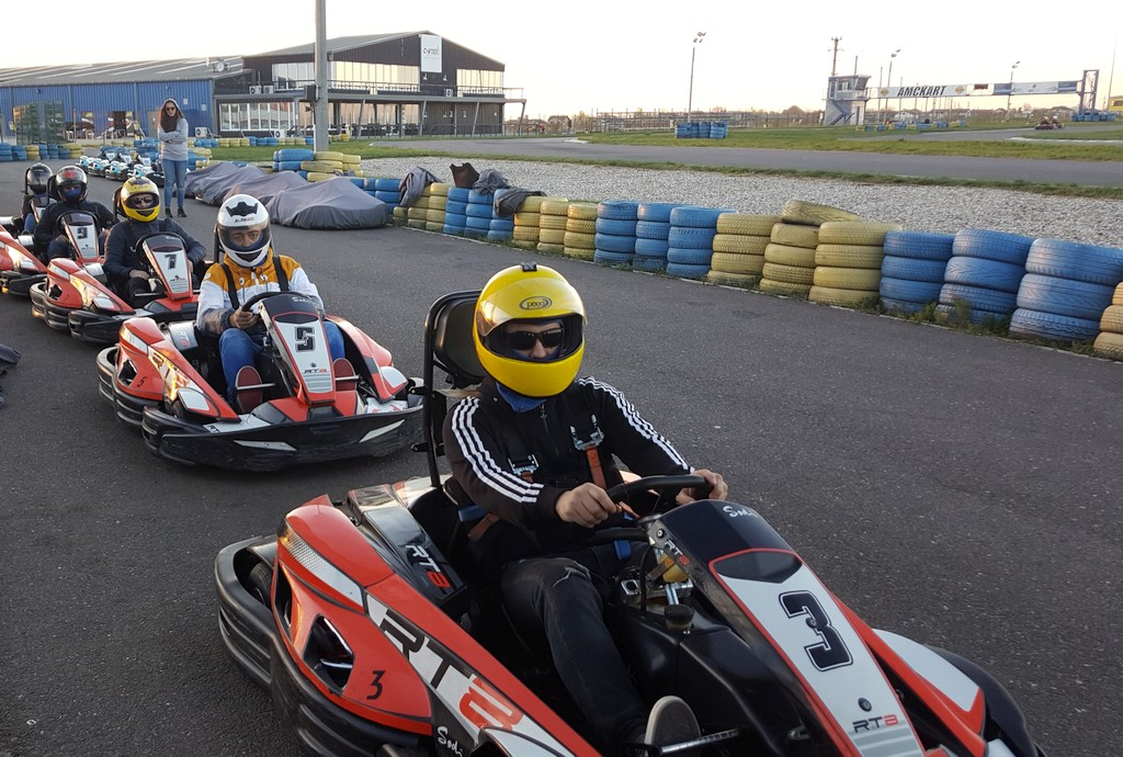 camscape, karting, team building